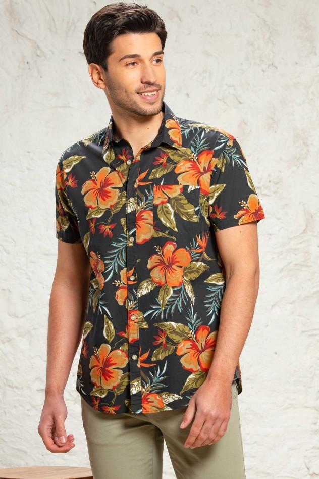Camisa semientallada estampado flores...